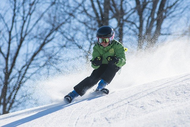 Il casco da sci è ancora obbligatorio?