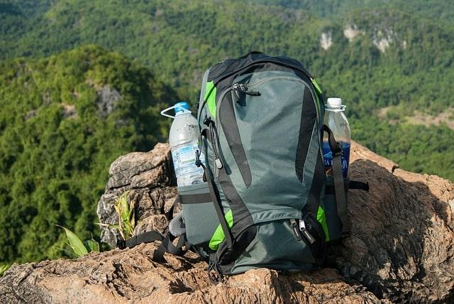 quanta acqua portare trekking