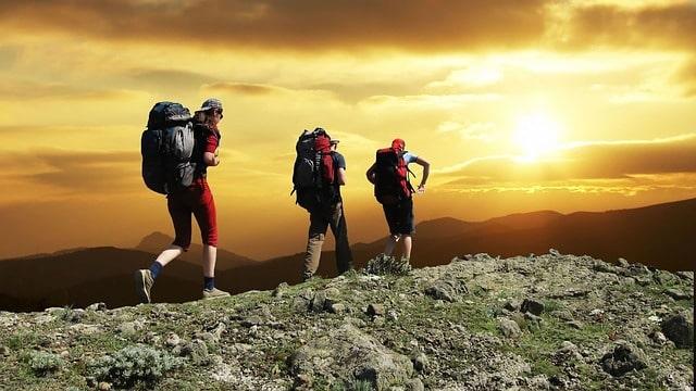 Cosa significa trekking in cosa si differenzia dall'escursionismo?