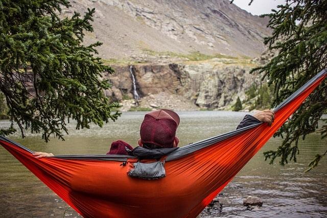 Quale amaca da campeggio o trekking scegliere