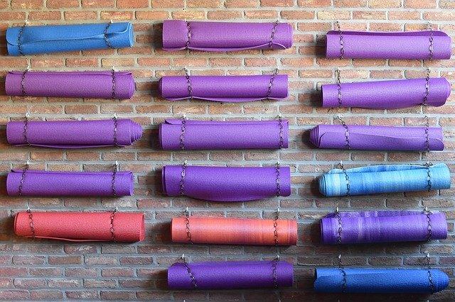 migliori tappetini da yoga professionali antiscivolo: recensioni ed opinioni