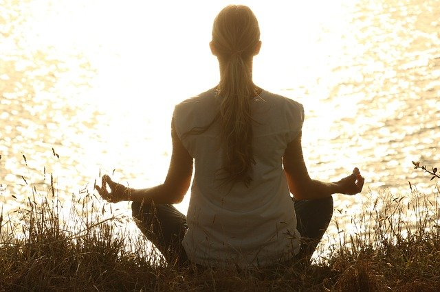 Benefici e posizioni yoga per runners