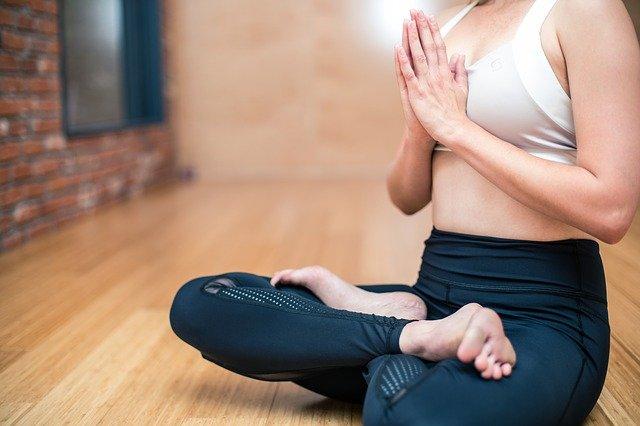 quali sono i benefici dello yoga? quando iniziare a fare yoga?