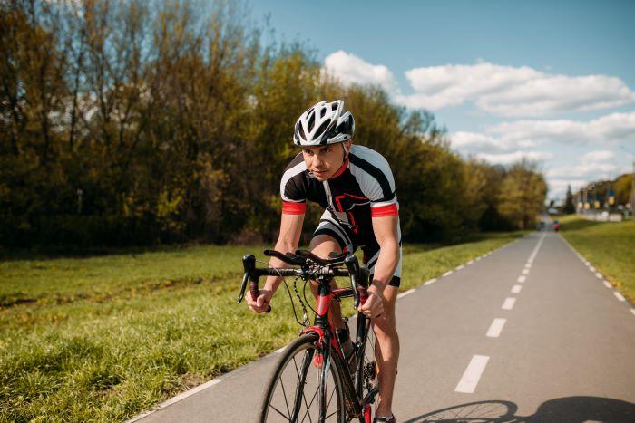 Come scegliere i migliori caschi ultraleggeri bici da corsa