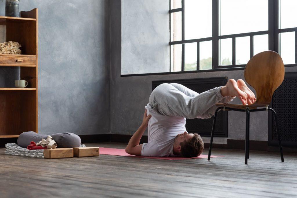 Supporti yoga per evitare lesioni