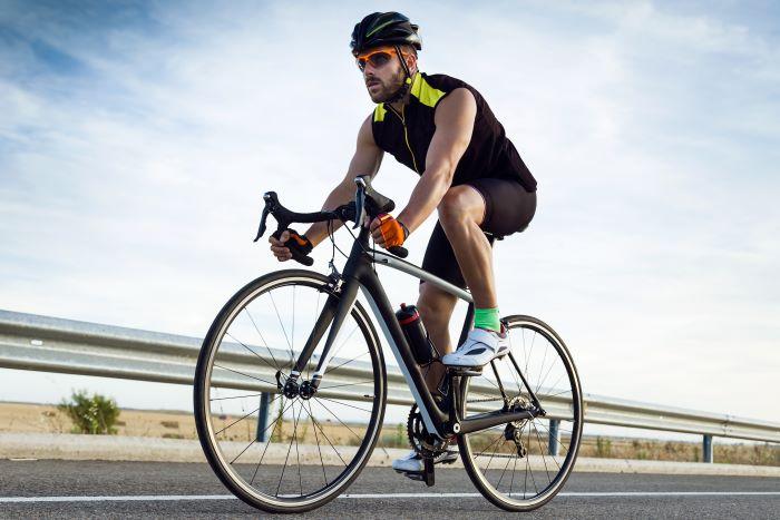 Casco migliore bici da corsa, ultraleggero, ergonomico e sicuro