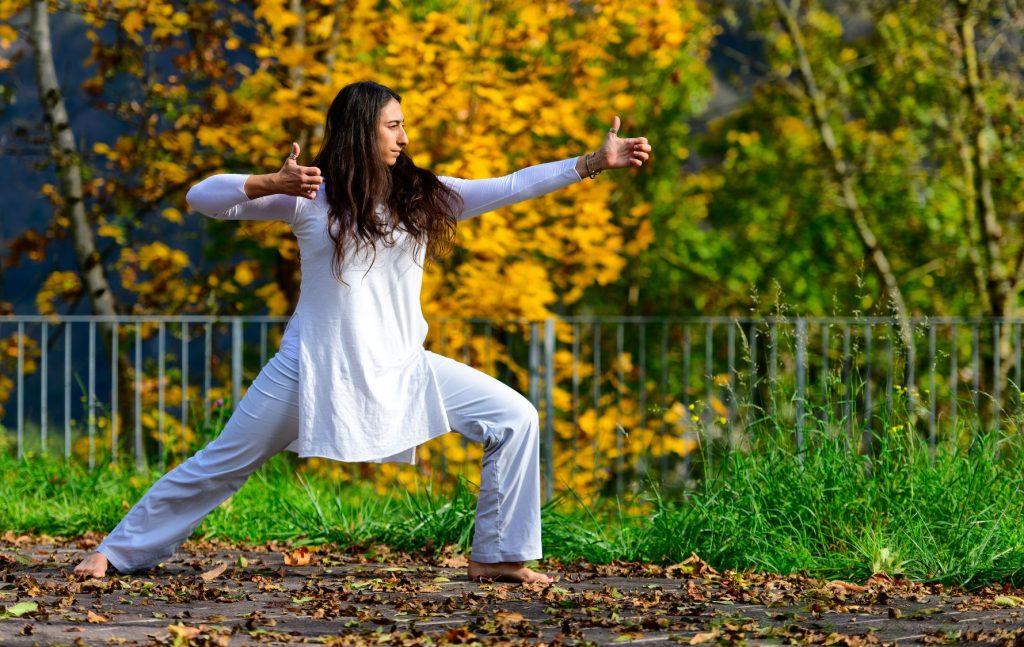 Kundalini yoga, kriya e mantra: di cosa si tratta e quali sono i benefici?