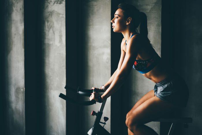 bici per dimagrire cosce e glutei