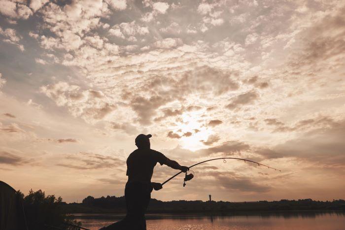pesca spinning cos'è e come si fa